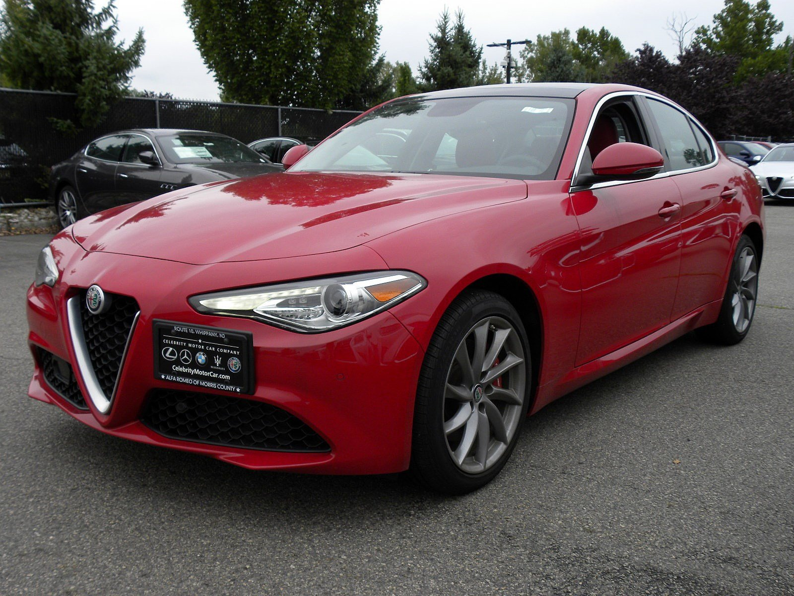Pre Owned 2017 Alfa Romeo Giulia 4dr Car in Springfield Township